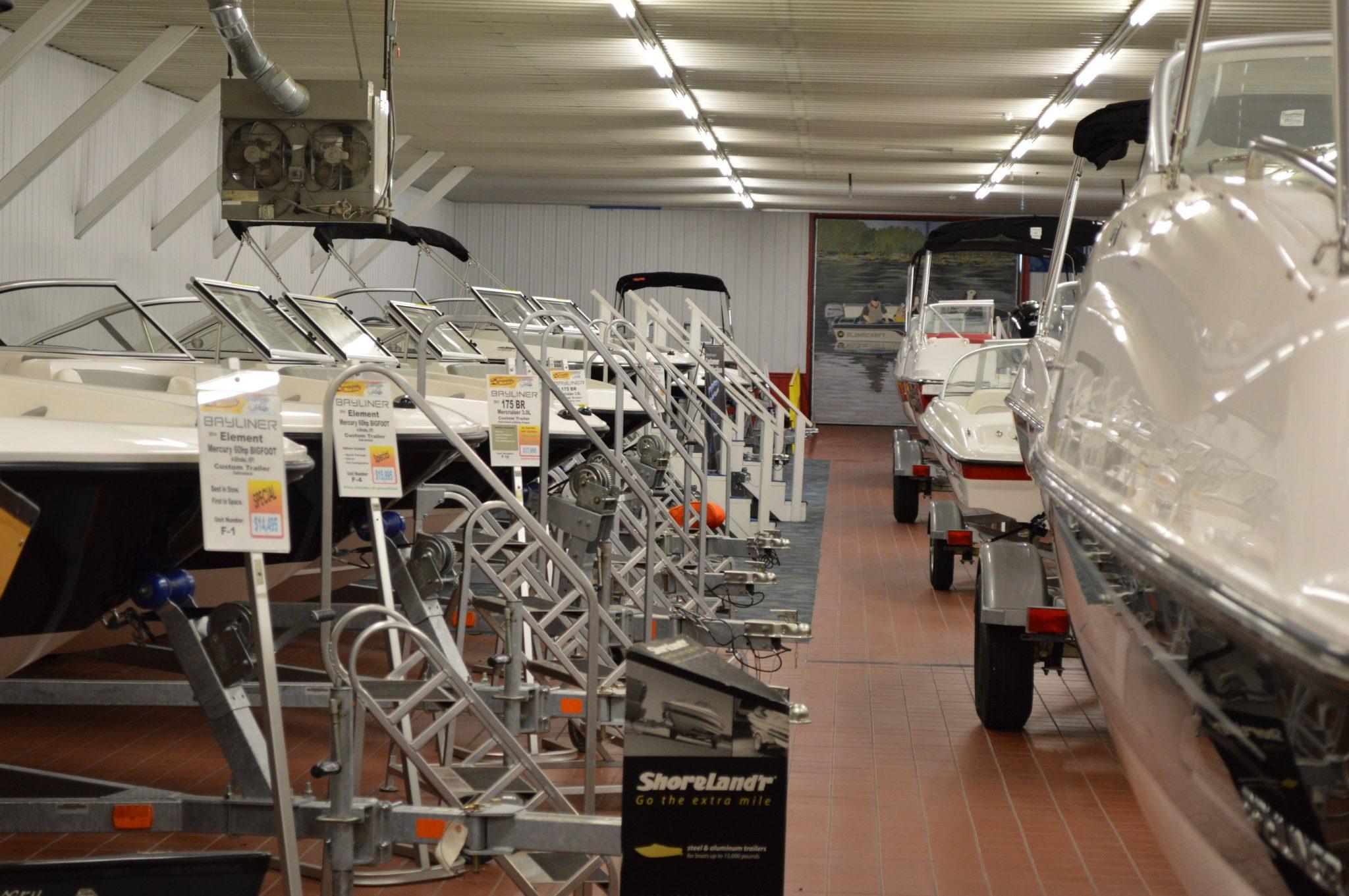 New Boat and Pontoon Inventory - Hallberg Marine